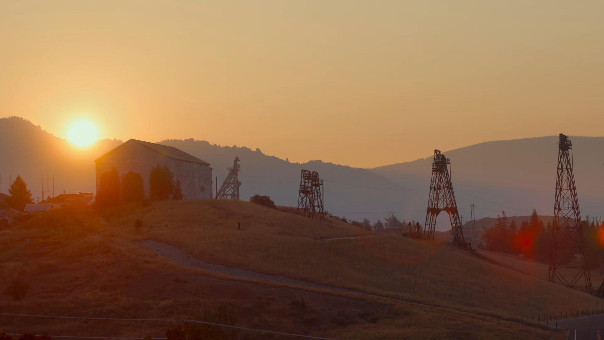 Butte Dawn